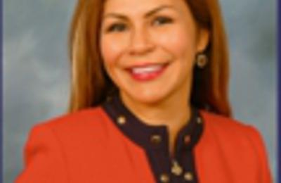 Molina Sonia Dr - Downey, CA