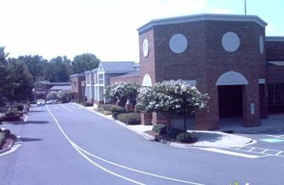 Surroundings - Charlotte, NC