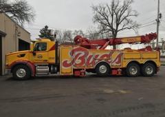 Bud's Wrecker Service - Wyoming, MI