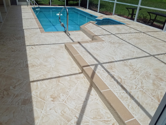 Ace Advanced Coating Experts - Weeki Wachee, FL. Buff with Light Chocolate shading and Seminole Tan Border