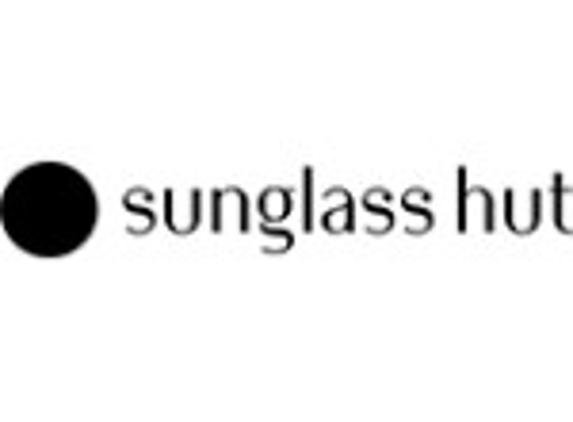 Sunglass Hut - Sanford, FL