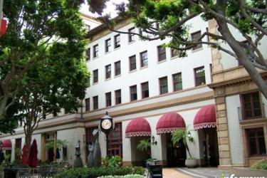 Honolulu Smiles Downtown