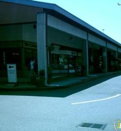 Mark's Hallmark Shop - Kirkland, WA