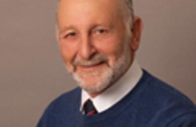 Dr. Ronald F Backer, MD - Mashpee, MA