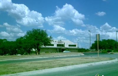 Crossroads Baptist Church - San Antonio, TX