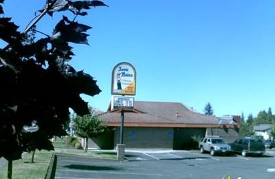 Los Baez Mexican Restaurants 2920 Commercial St Se Salem