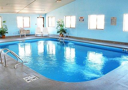 Express Suites Riverport Inn & Suites, Winona MN