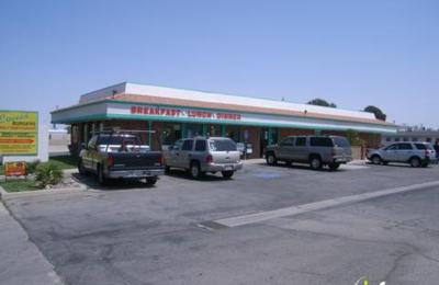 Louis Burgers - Lancaster, CA