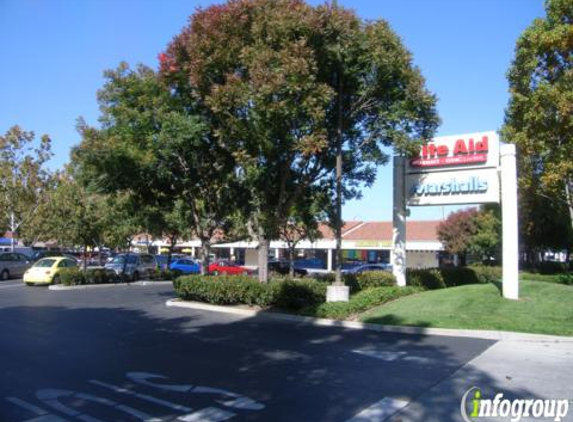 Oasis Laundry - Mountain View, CA