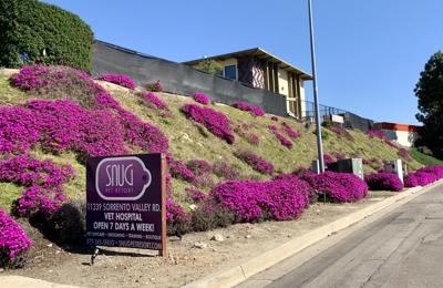 Snug Pet Resort & Animal Hospital - San Diego, CA. Feb 2021