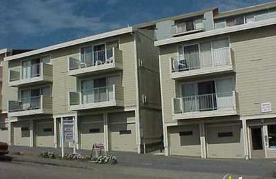 Peninsula View Apartments - Daly City, CA