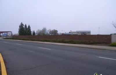 Budget Rent A Car - Fresno, CA