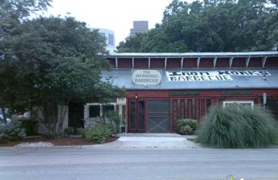 Iron Works Barbecue   Austin, TX