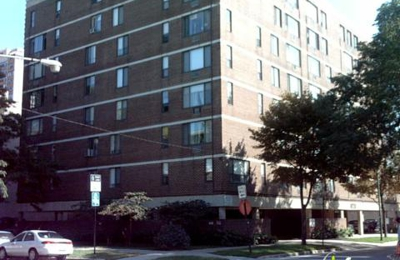 Thorndale Manor Apartments - Chicago, IL