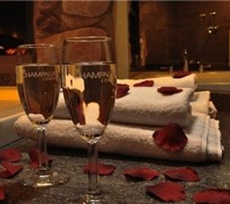 The Champagne Lodge & Luxury Suites - Burr Ridge, IL