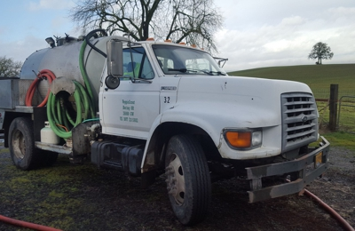 veggiescout - Boring, OR. One of our trucks cleaning in the countryside.