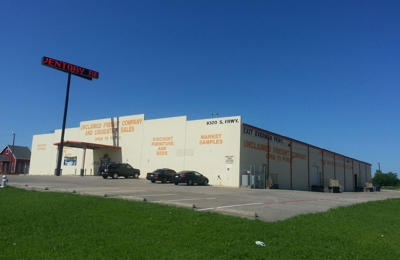 Unclaimed Freight Company - Fort Worth, TX