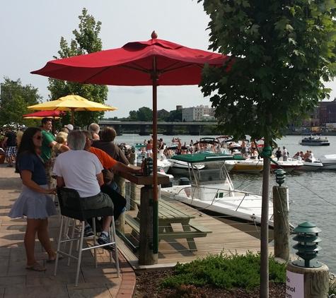Alex's On The Water - Oswego, NY