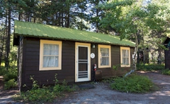 Swiftcurrent Motor Inn and Cabins - Inside the Park