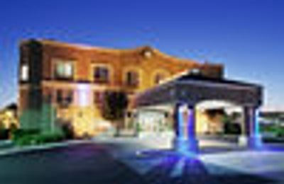 Holiday Inn Express & Suites San Jose-Morgan Hill - Morgan Hill, CA