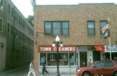 Town Cleaners - Chicago, IL