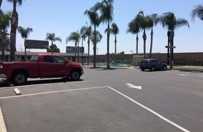 Kings Inn Motel - Kingsburg, CA