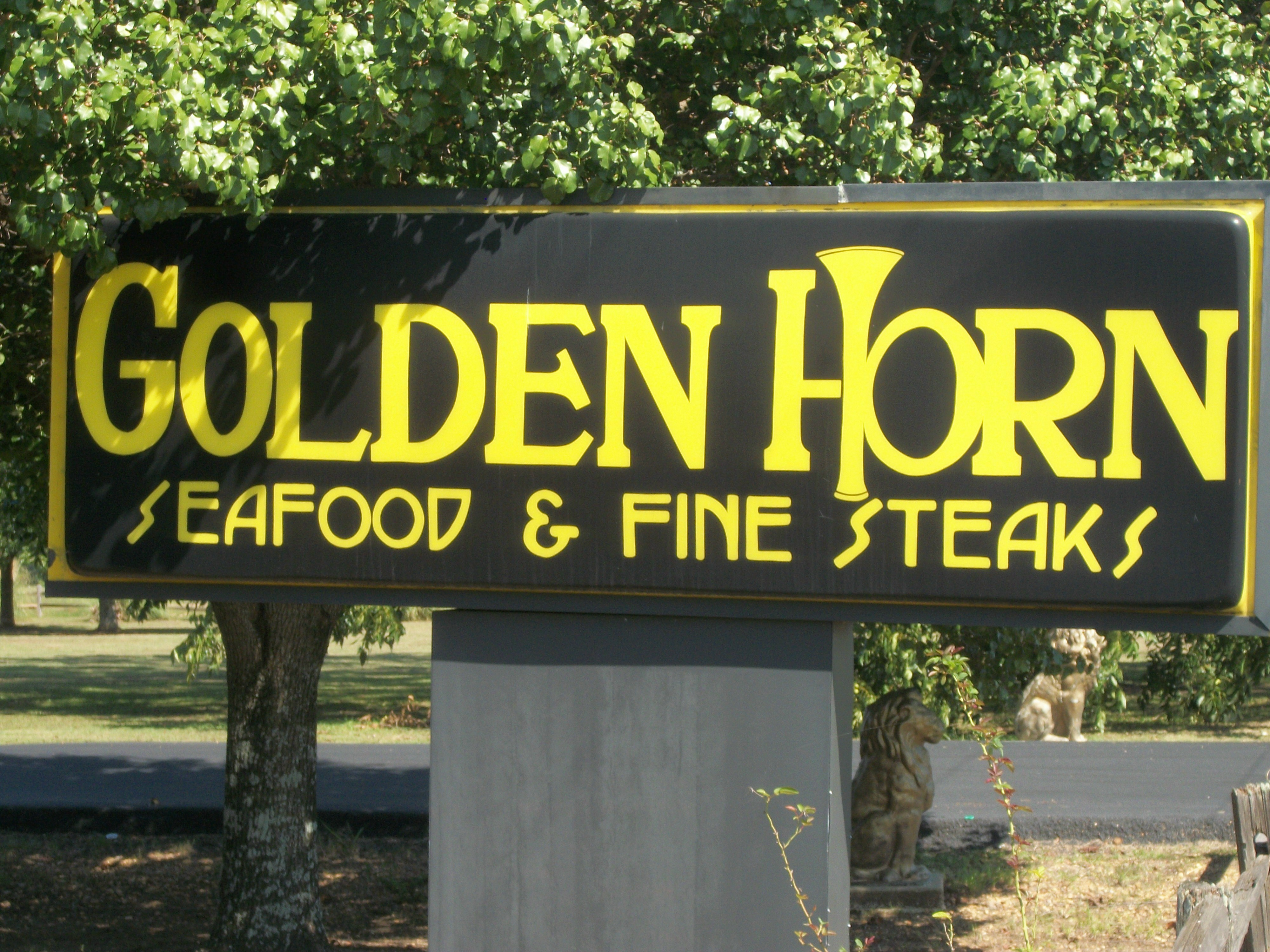 Golden Horn 5286 N Frontage Rd Columbus Ms 39701 Yp Com