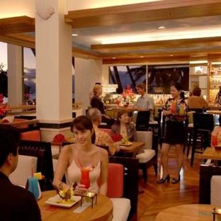 The New Otani Kaimana Beach Hotel - Honolulu, HI