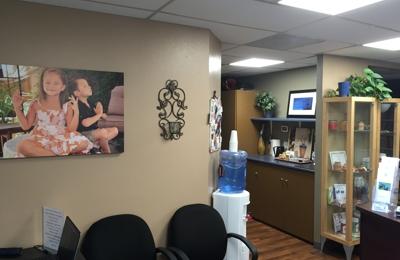 Heal By Hand Wellness Center - San Diego, CA