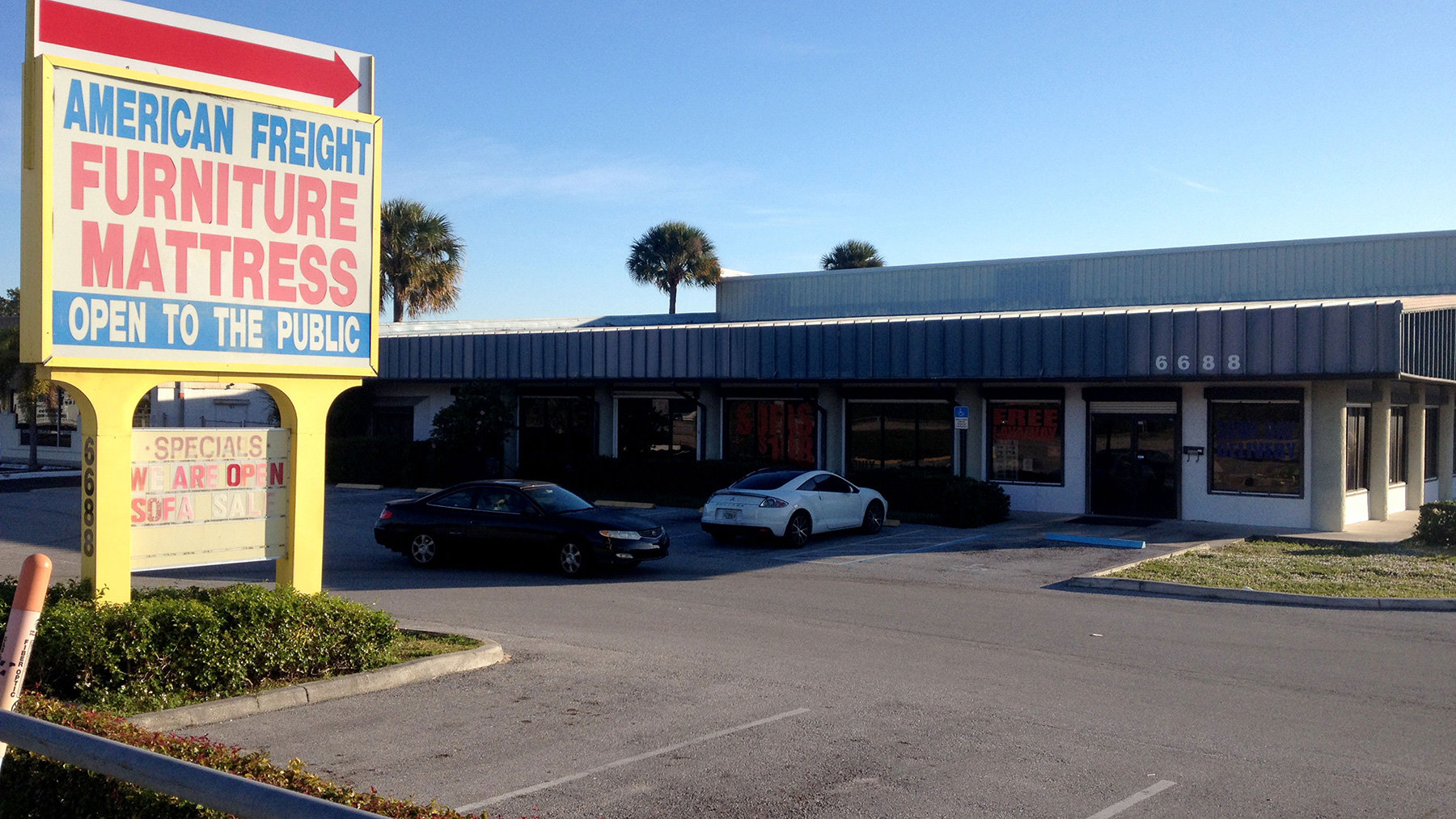 American Freight Furniture And Mattress 6688 N Military