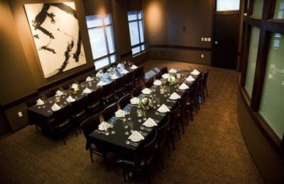 Venue Restaurant & Lounge - Lincoln, NE