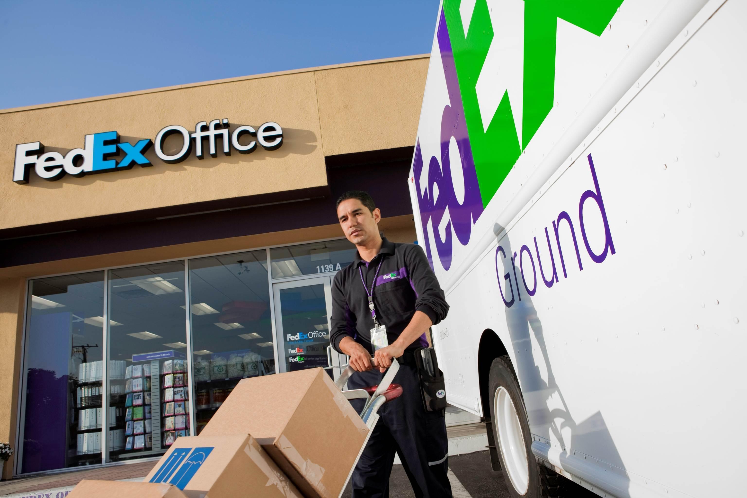 FedEx Office Print & Ship Center 10854 NW Myhre Pl, Silverdale, WA ...