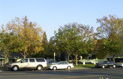 Amberwood Garden Apartments - Hayward, CA