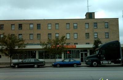 Crossroads Hotel - Chicago, IL