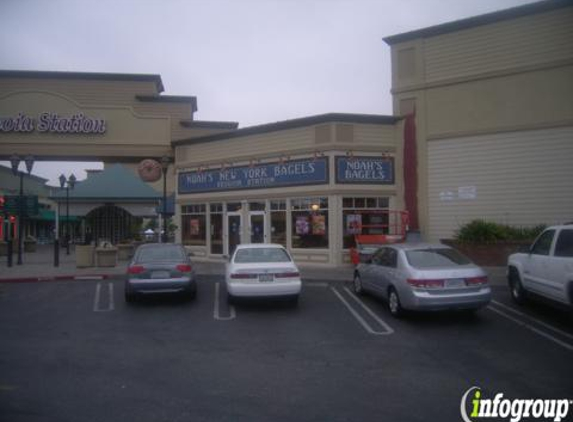 Noah's New York Bagels - Redwood City, CA