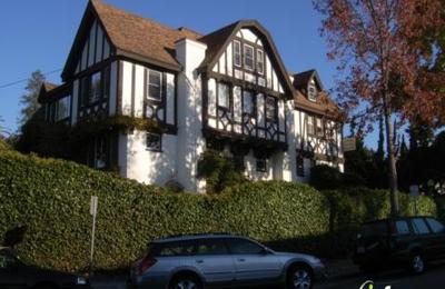 Piedmont Swim Club - Oakland, CA