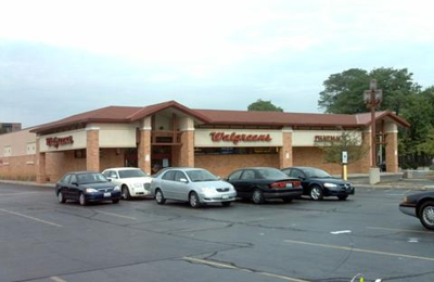 Healthcare Clinic at Select Walgreens - River Forest, IL
