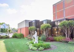 Signature HealthCARE At St. Peter Villa - Memphis, TN