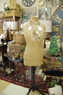 Queen of Hearts Antiques & Interiors