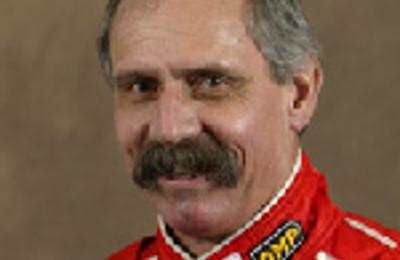 Dr. Stephen Edward Earle, MD - Live Oak, TX