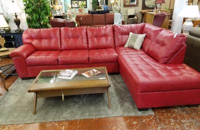 Classic Treasures Consignment Furniture   Durham, NC. Contemporary Comfort