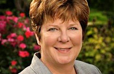 Dr. Tara Anderson, MD - Aurora, IL