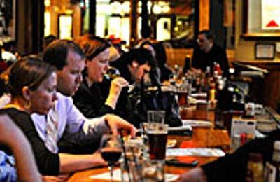 Maddy's Bar & Grille - Washington, DC