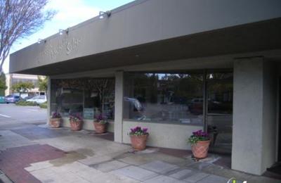 Linda Kennedy Hair Designs - Menlo Park, CA
