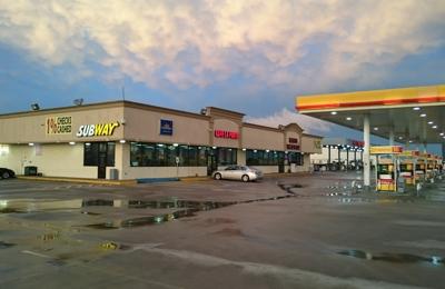 Moodys Travel Plaza - La Porte, TX