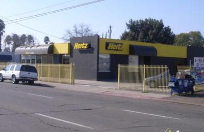 Hertz - Fresno, CA