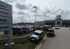 dupage chrysler dodge jeep ram 433 e north ave glendale heights il 60139 yp com dupage chrysler dodge jeep ram 433 e