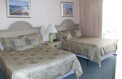 Island Inn Beach Resort - Treasure Island, FL
