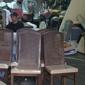 King's Upholstery - Honolulu, HI. Work place