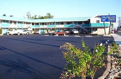 Deluxe Inn - Redding, CA